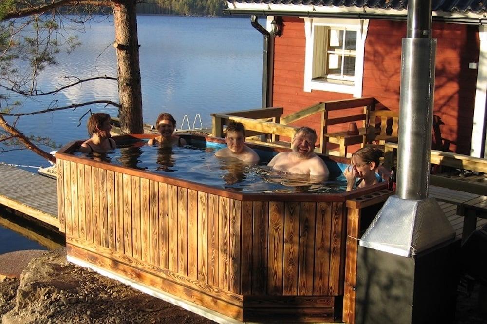Yli-Kaitala Resort - Sauna und Pool