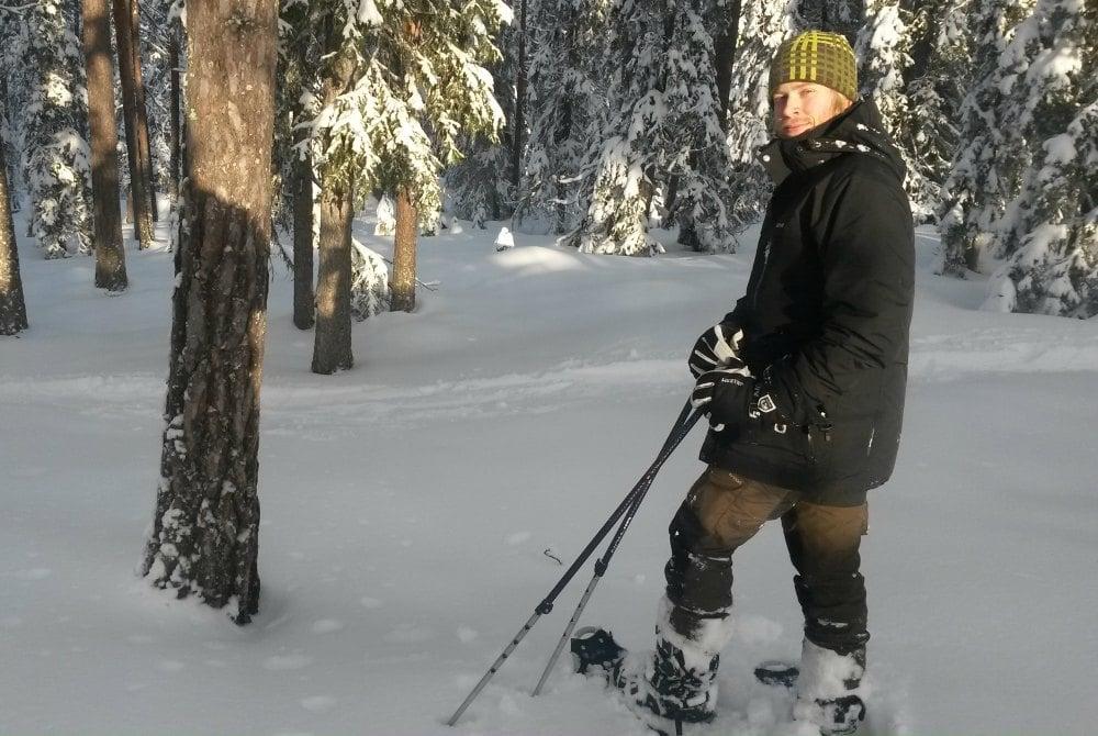 Snowshoe walks in Boden.