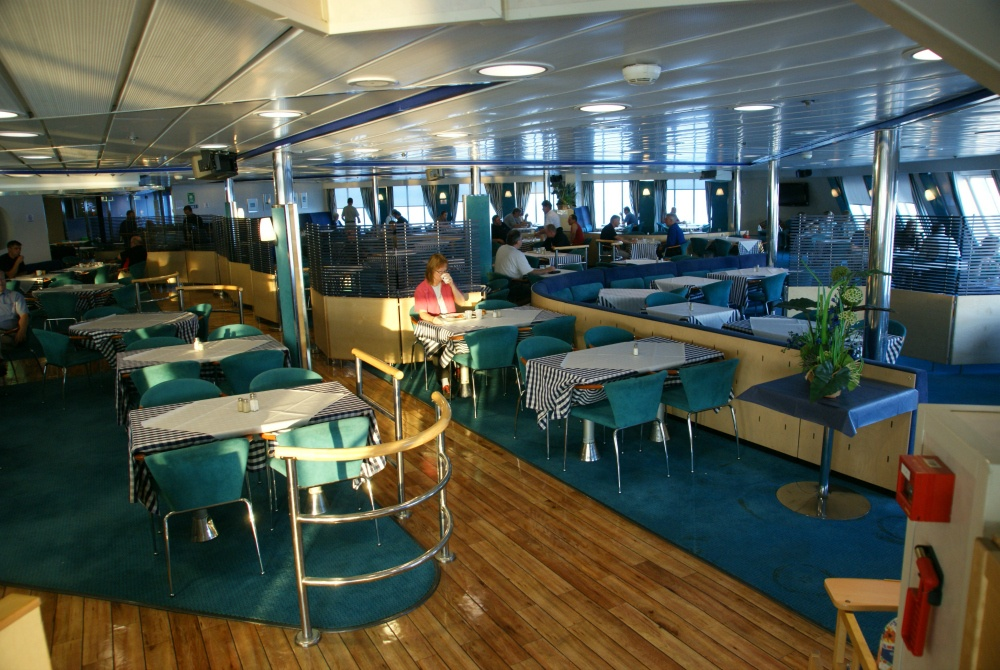Finnlines_Restaurant-on-MS-Finnclipper_©-Dirk-HourticolonFinnlines_1000.jpg