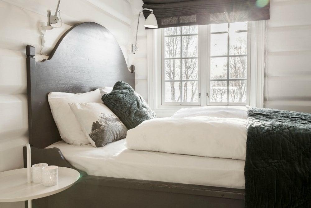 Lyngen Lodge Bedroom