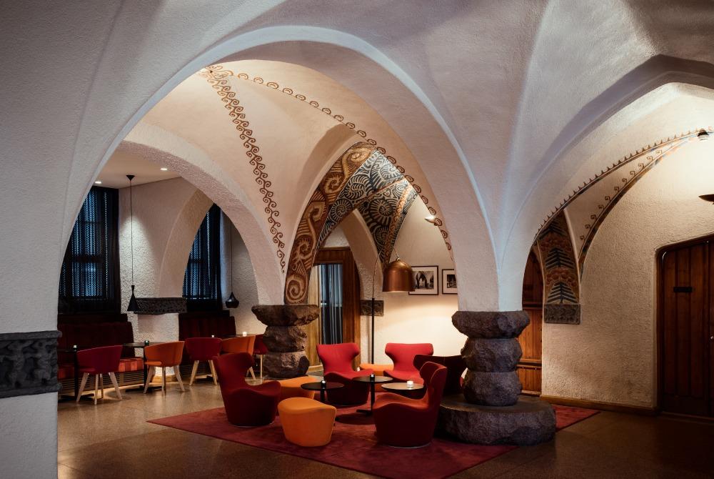 Kämp-Collection-Hotels-GLO_Hotel-Art-Helsinki-Lobby_1000.jpg
