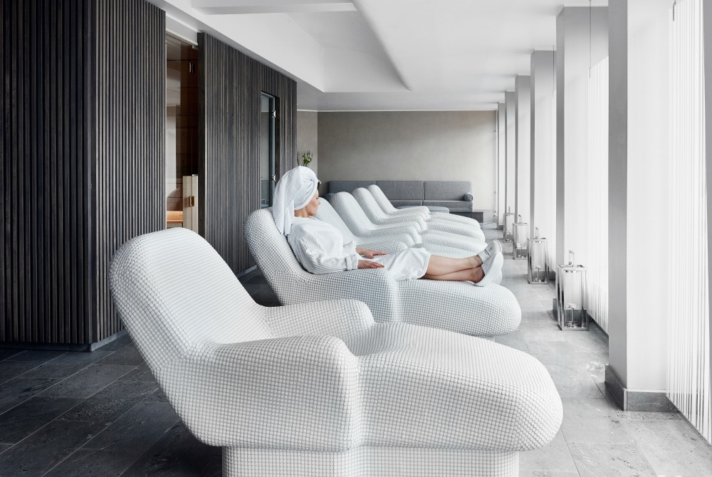Kämp-Collection-Hotels-Kamp-Spa-Relaxation-Area-Helsinki_1000.jpg