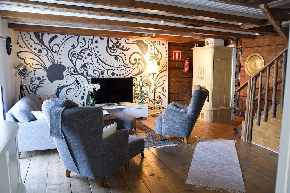 Kristinestad - Hotel Krepelin - The Bailiff House - Living room