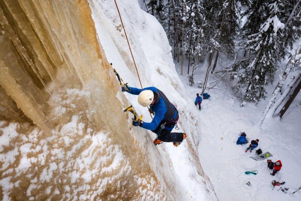Forsknäckarna-Ice climbing