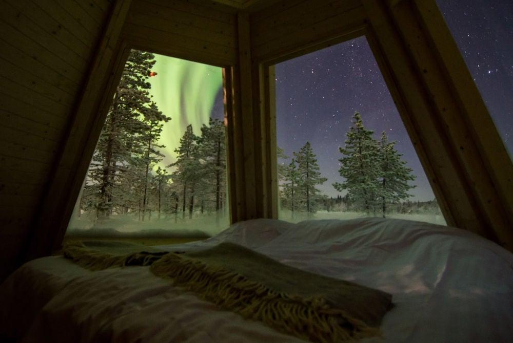 Aurora Borealis-Aurora Tepee