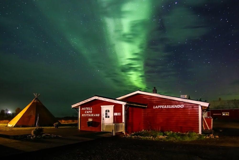 Lappeasuando-Lodge-Nordlichter