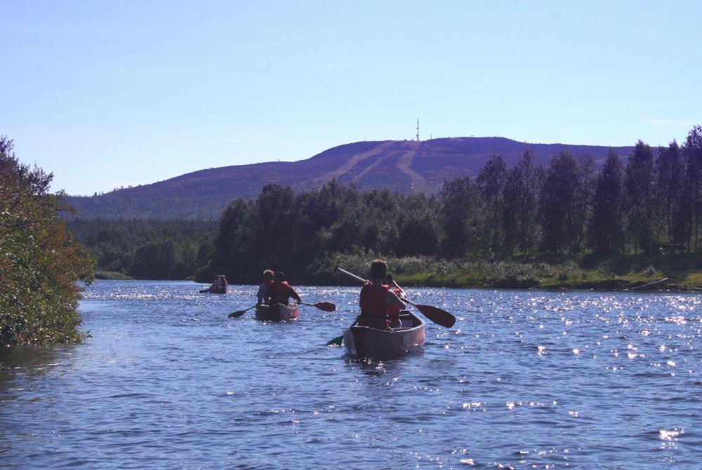 Canoe safari in Levi