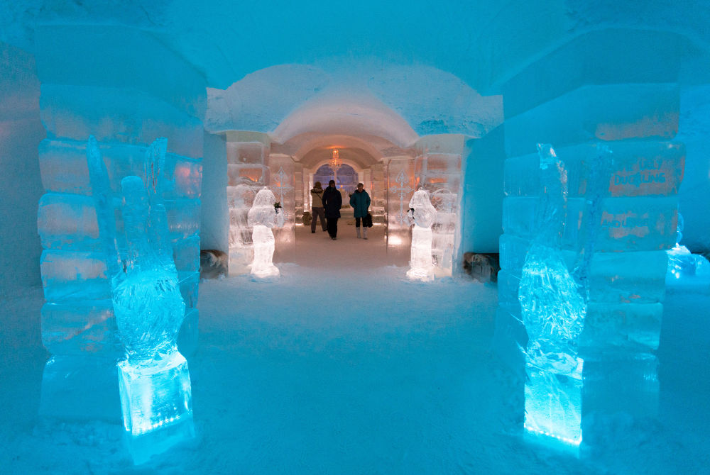 Unique places to stay-ice hotel-copyright-Konrad-Konieczny-www.nordnorge.com