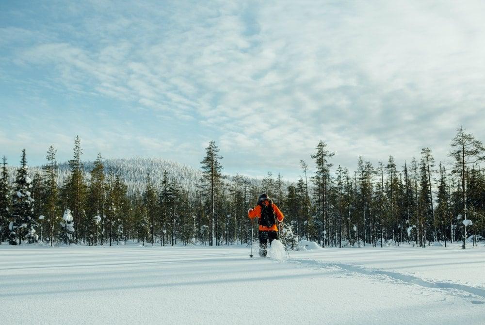 Schneeschuhwandern in der Fjäll-Landschaft von Syöte