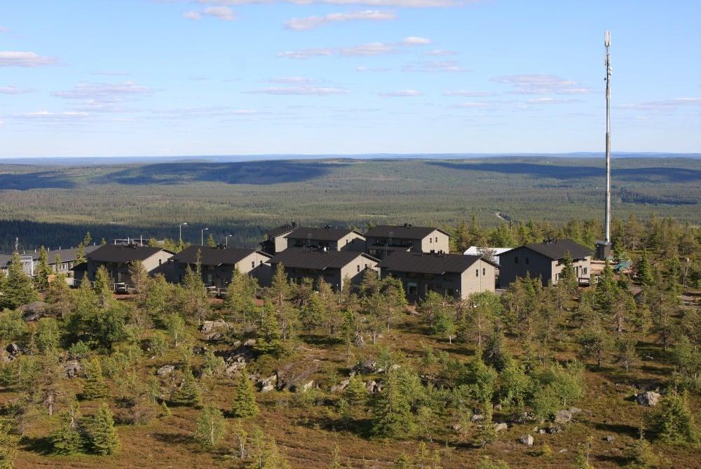 Fjelltop village summer
