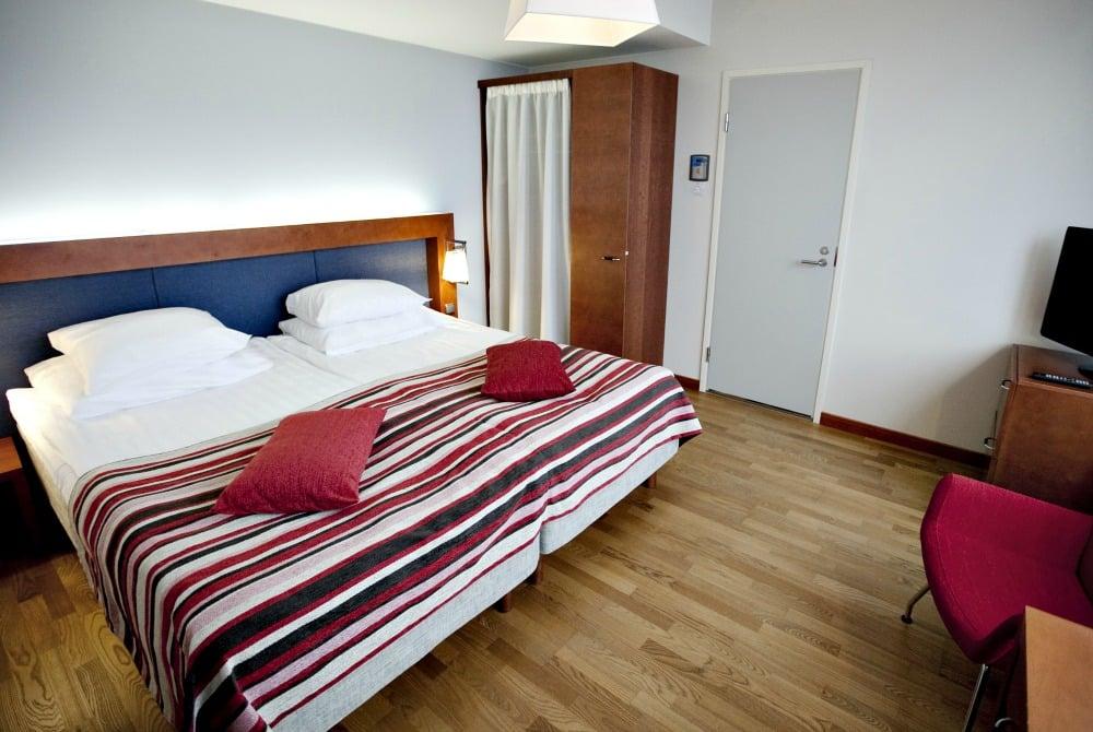 Sokos Hotel Arina_Suite makuuhuone_1000