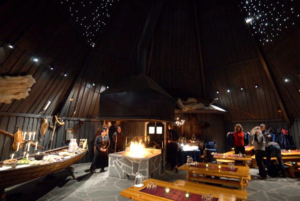 Salla Reindeer Park_Starry Sky Hut