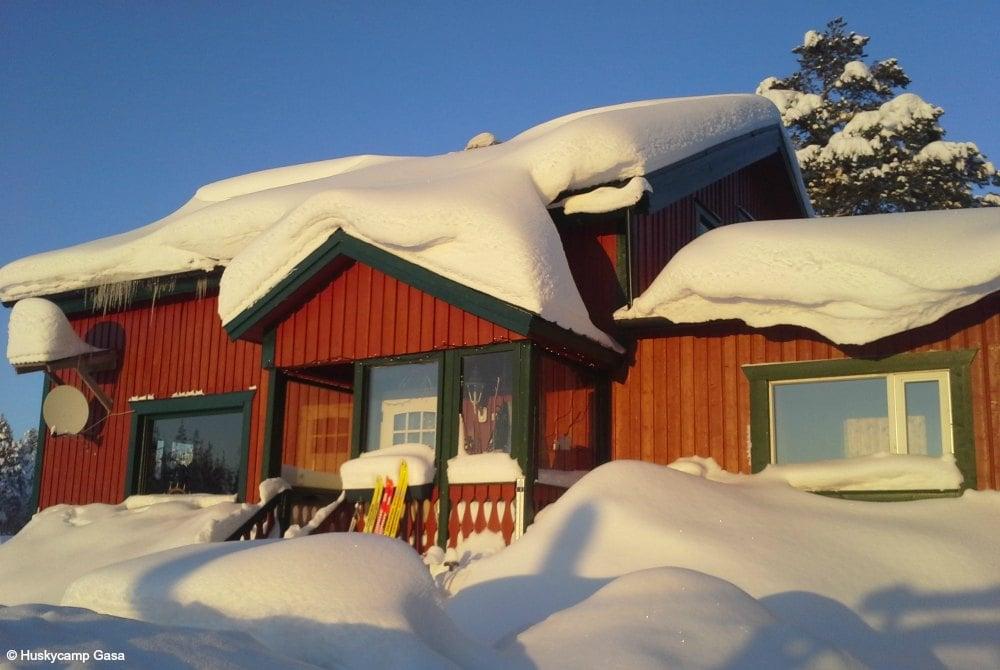 Haupthaus Huskycamp Gasa in Sorsele
