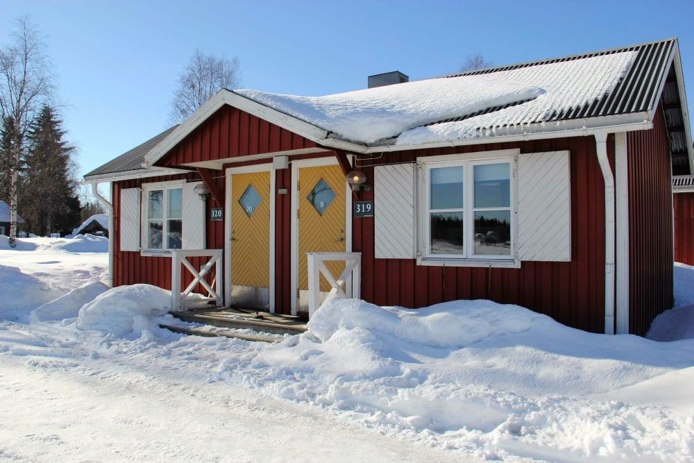 AKukkolaforsen_Cabin (1)_1000Apartment-Hütten in Kukkolaforsen.