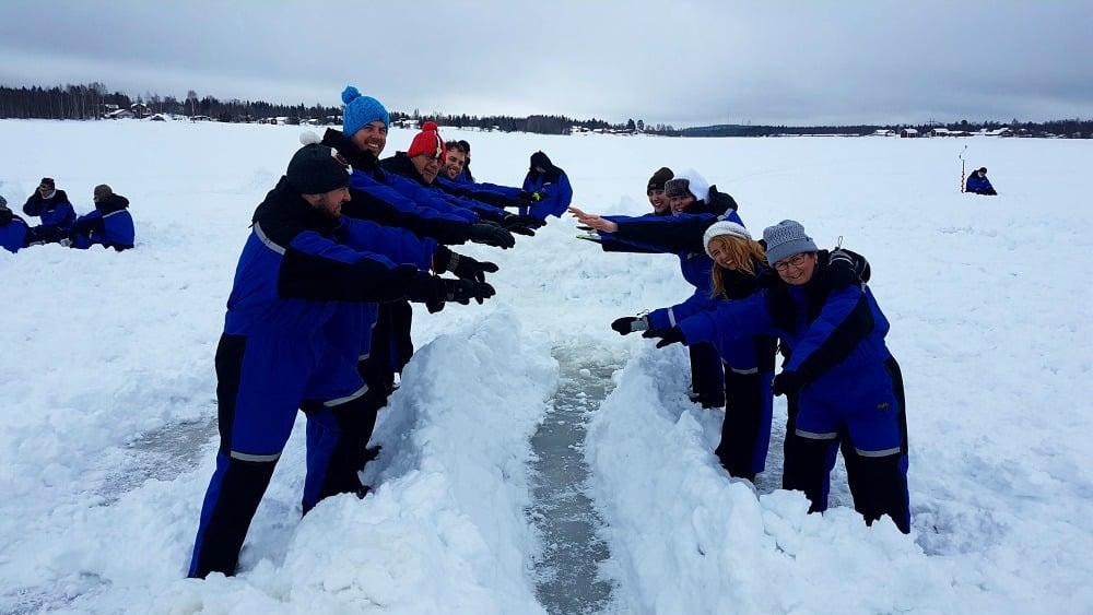 Ein Tag auf dem Eis in Kukkolaforsen