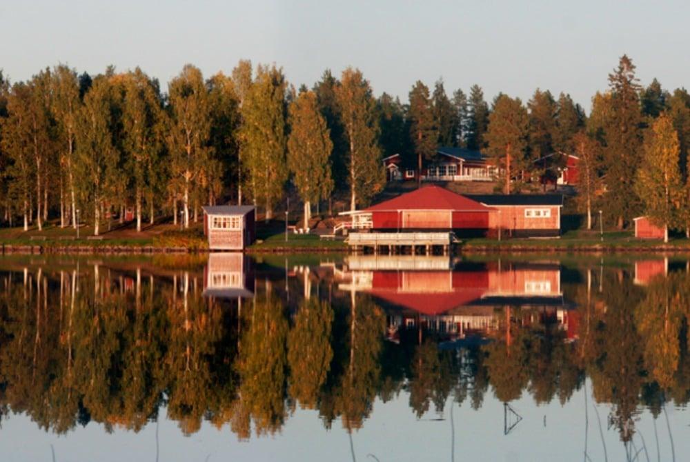 Sörbyn Lodge-view from sea side