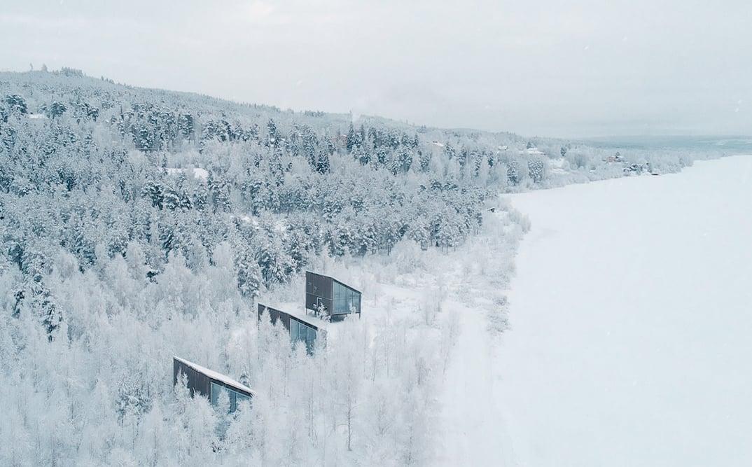 Arctic Bath hotel cabins land