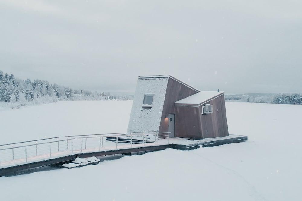 Arctic Bath hotel cabins water