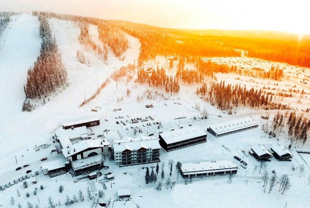 Luftaufnahme vom Ukkohalla Resort-