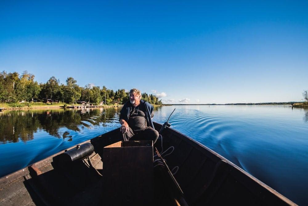 Bootsfahrt in der Region Kvarken