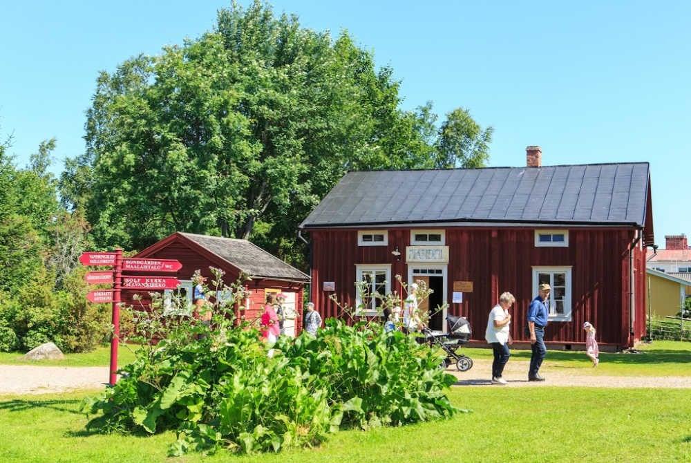 Vaasa-Region-Holzhäuschen