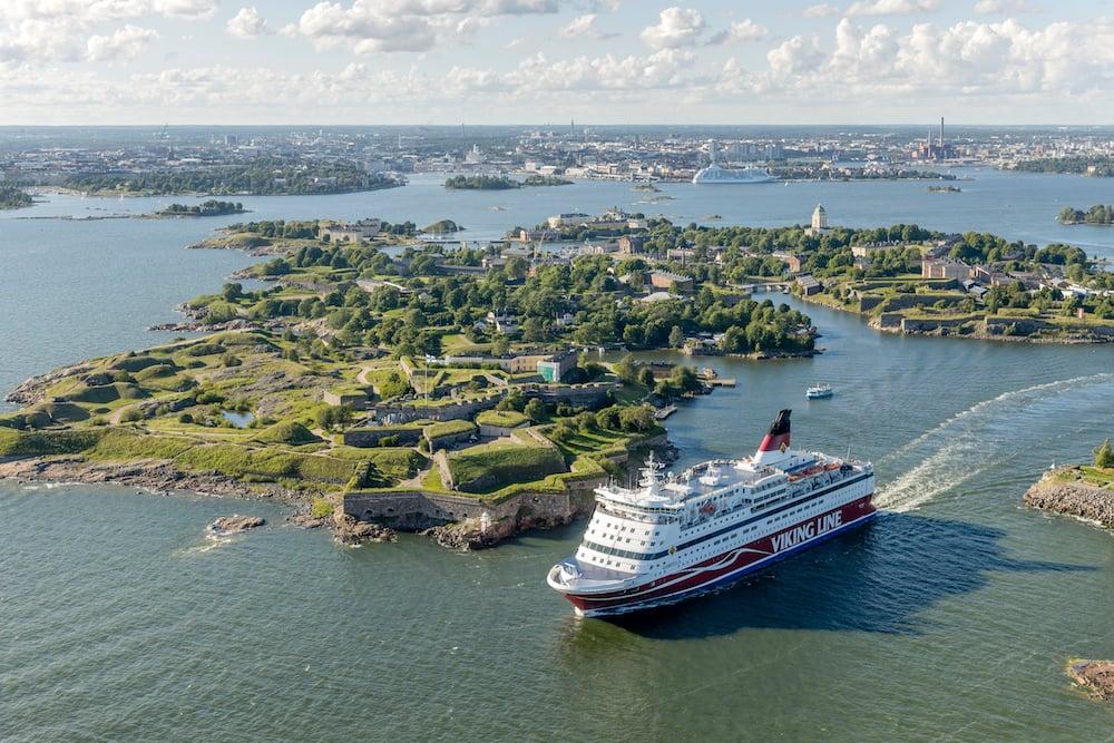 MS/ Gabriella vor Suomenlinna