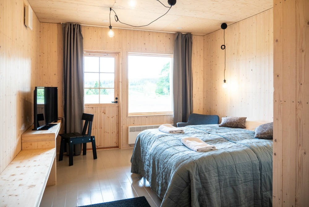 Haapala BnB cottage with twin bed.