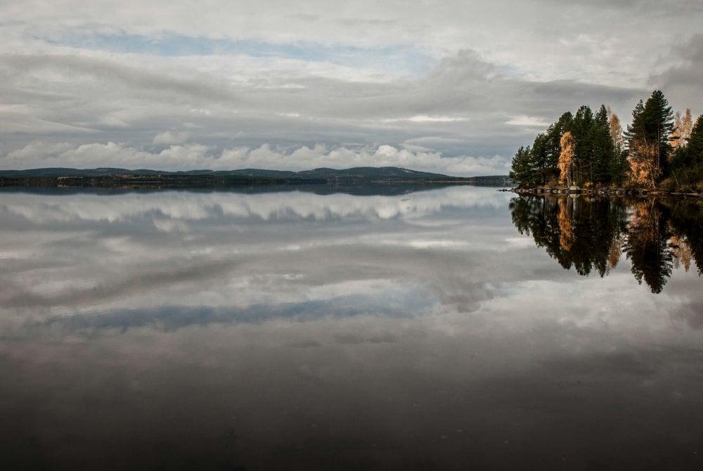 autumnal lake landscape in Vuokatti