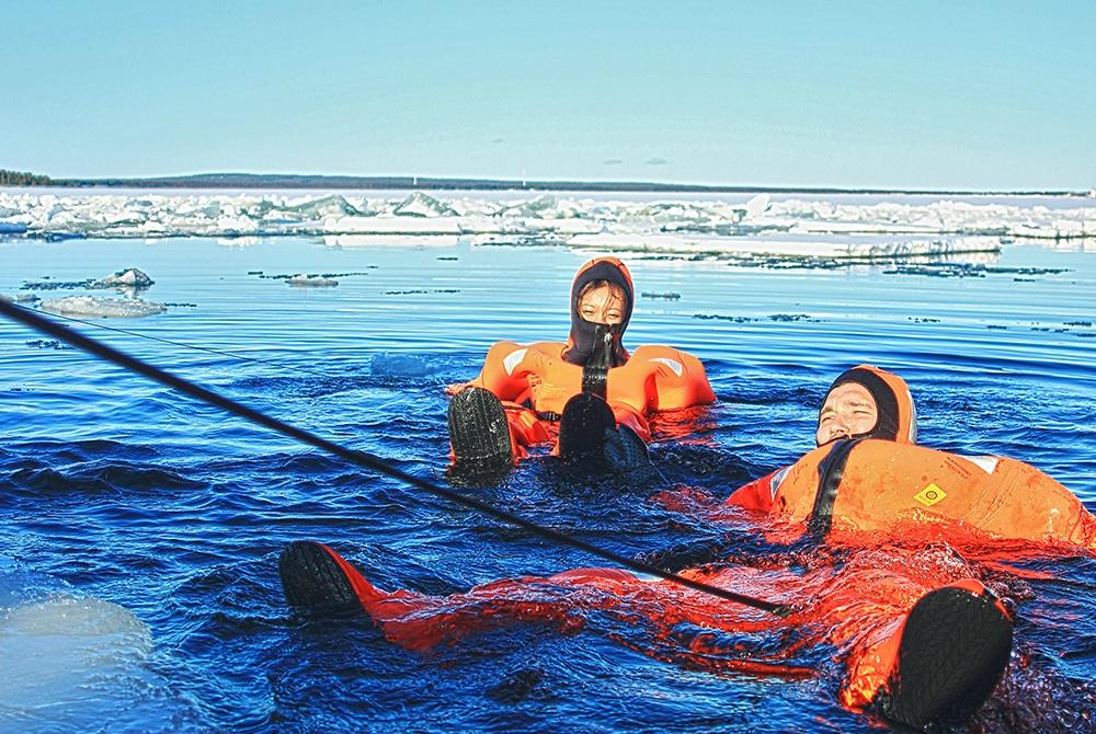 Pite-Havsbad_Eisbrecher_Arctic-Explorer2_SanneBrännström_1000.jpg
