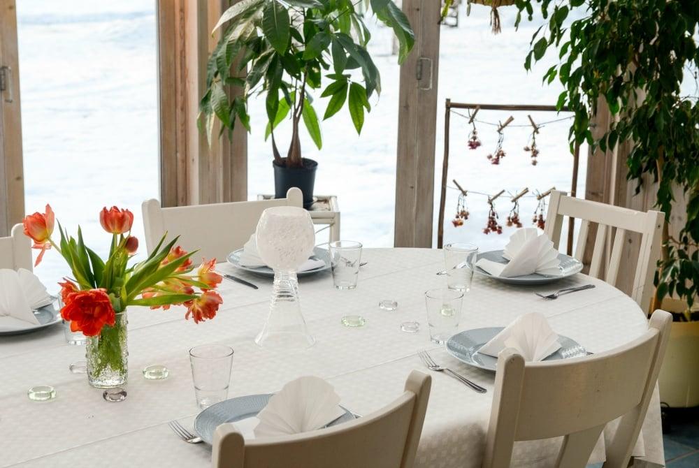 Stormyrbergets-Lantgård_Restaurant_Photo-Johanna-Elenius_1000.jpg