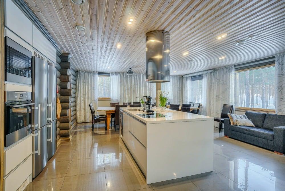 Rokuan_Lomahuvilat_kitchen_1000