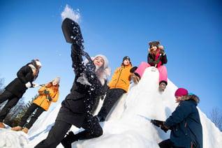 Finnland Oulu Safaris Schneeskulpturen