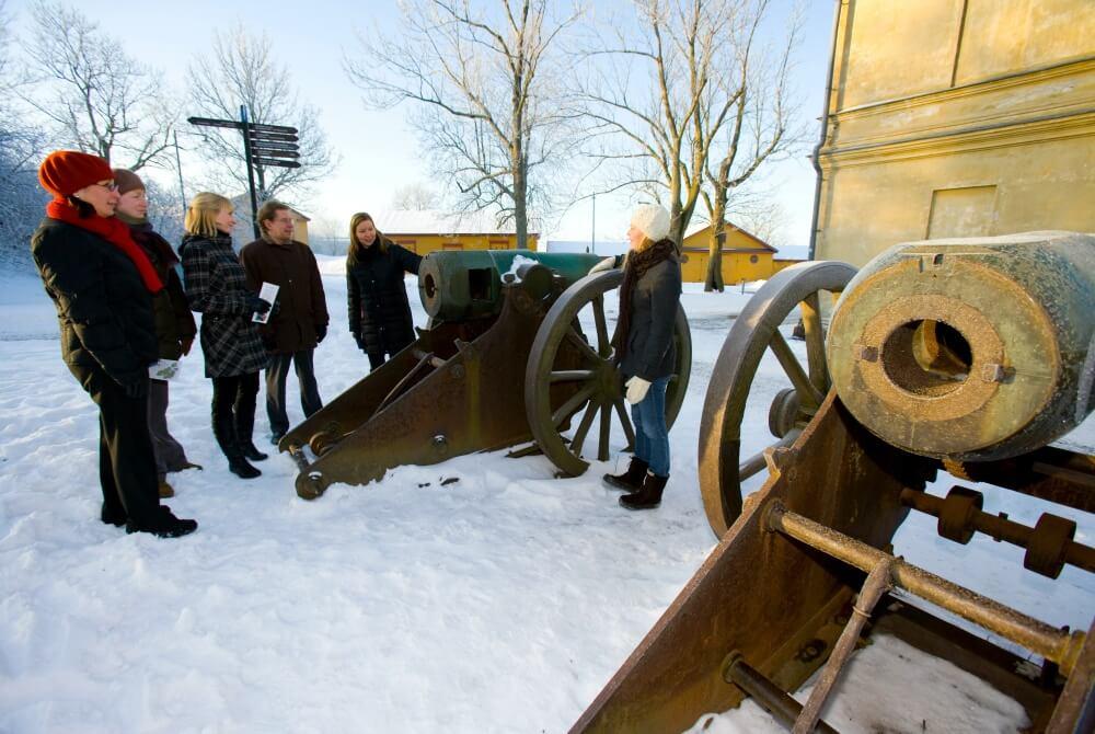 Geführte-Tour auf Suomenlinna Winter Ehrensvärd Society