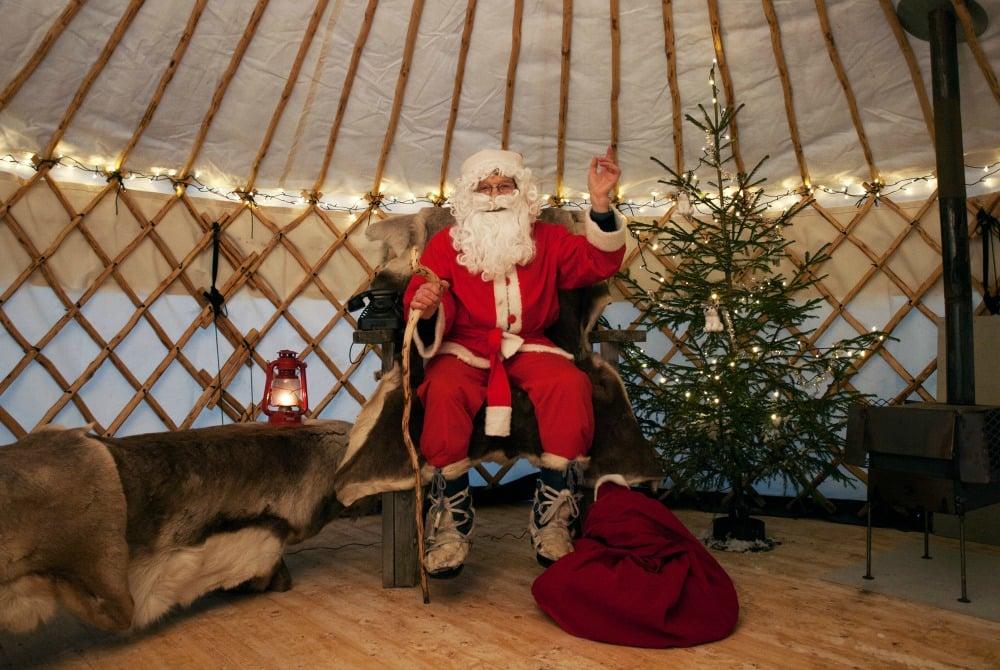 Vuokatti-Safaris-Finnische-Weihnacht-Vuokatti-Weihnachtsmann2_1000.jpg