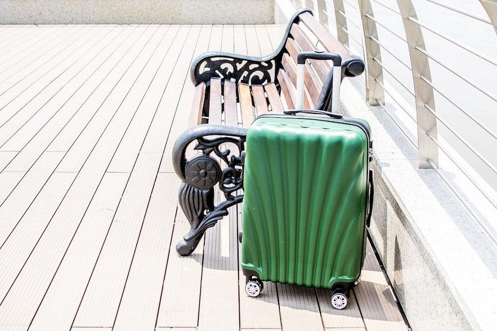 luggage-2158765_1280