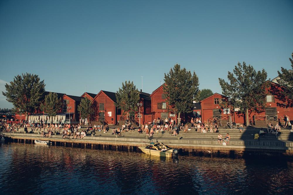 Visit Oulu-Fachwerkhäuser am Markt_Hubspot