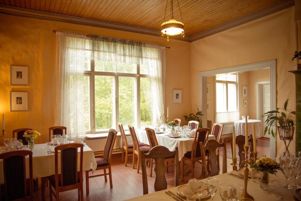 Northern-Savo-Lakeland-Restaurant-Herrenhaus-Koivumäen-Kartano