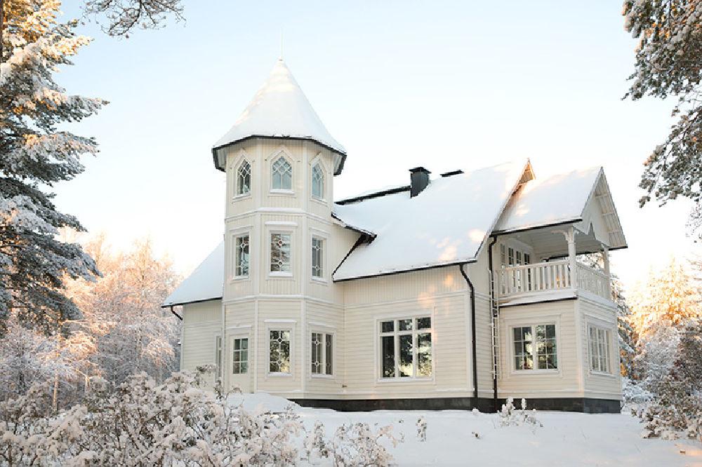 Arctic Estates-Villa-Cone-Beach-Winterday-Main-Building-2