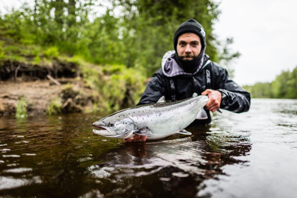 VAE_Moose&Goose_summer 5_fishing